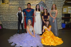 Pizza, Princesses and Superheroes at Horizon Elementary!